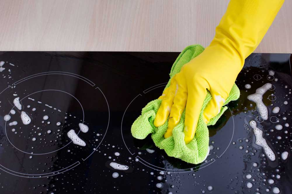 9 Easy Steps to Clean your Halogen Hob